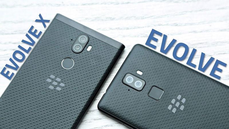 Evolve và Evolve X đều có khả năng sạc nhanh và sạc không dây!