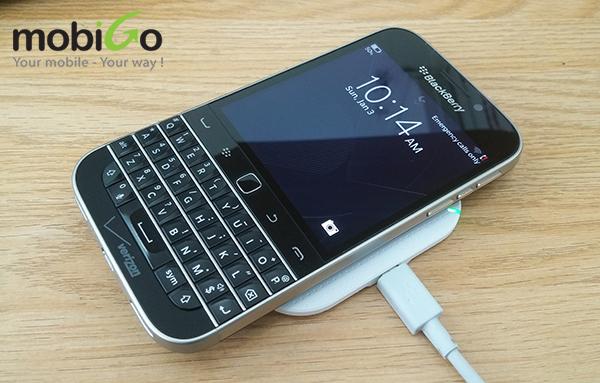 nếu yêu blackberry, tín đồ của bold 9900 thì không thể bỏ qua blackberry classic