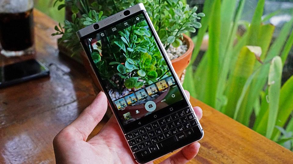 đánh giá blackberry keyone xách tay