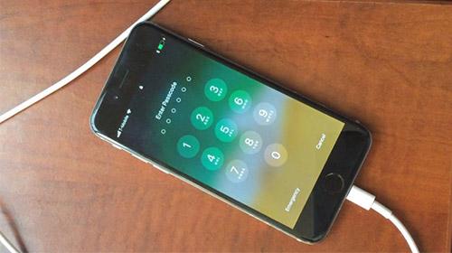 thói quen sạc pin không đúng cách khiến iphone hao pin nhanh?